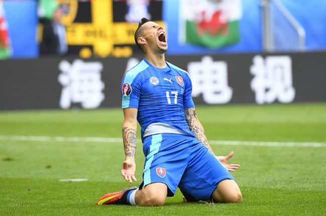 Vorbei! Das war die 1.Großchance! Der Slovake Marek Hamsik beim Länderspiel gegen Wales im Stade de Bordeaux in Bordeaux am 11.Juni 2016. / AFP PHOTO / Joe KLAMAR