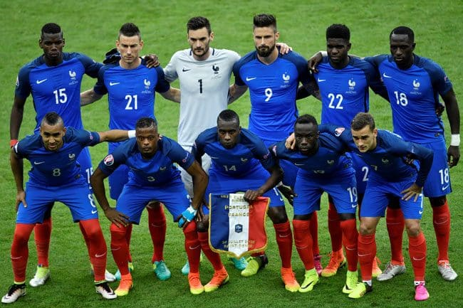 Die Startaufstellung von Frankreich im EM-Finale! / AFP PHOTO / PHILIPPE LOPEZ