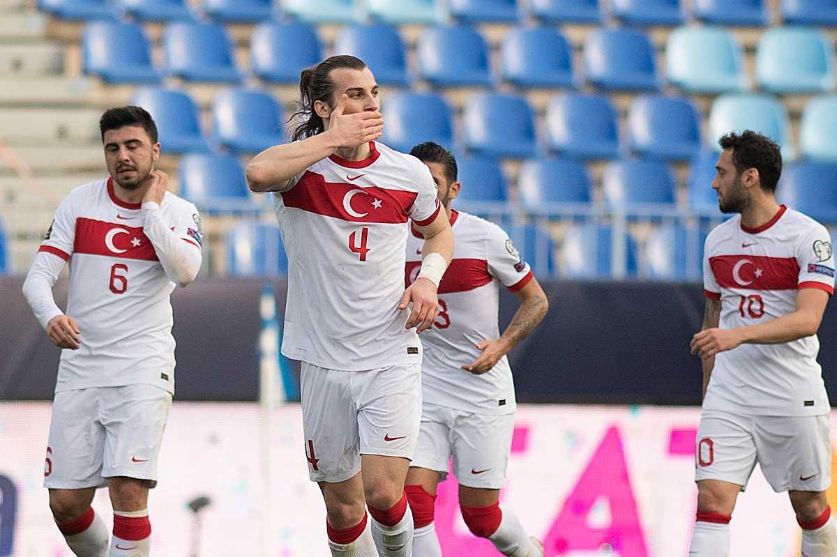 TÜRKEI Rot Stadium Heim Nationalmannschaft Jersey Original